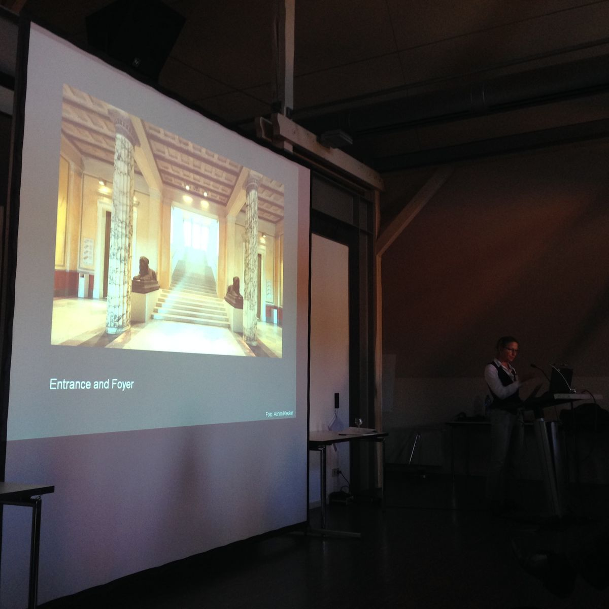 Einführende Vorträge am ersten Tag, u. a. von unserer Direktorin Friederike Seyfried © Staatliche Museen zu Berlin, Ägyptisches Museum und Papyrussammlung / J. Jancziak