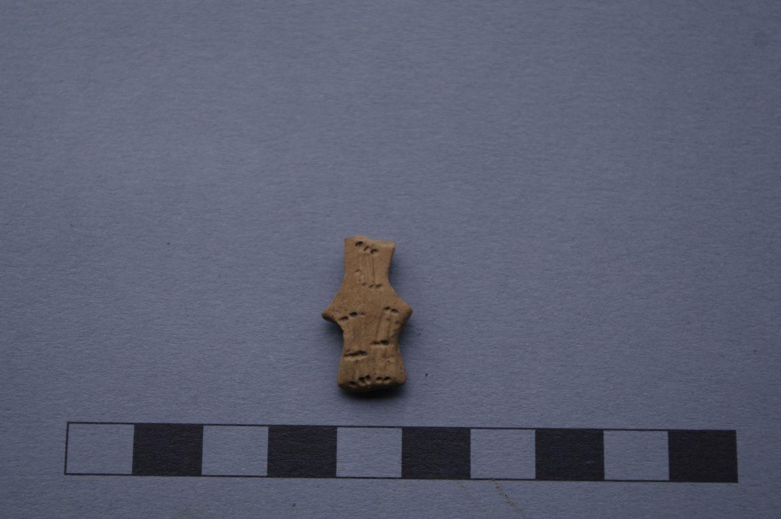 Ein anhtropomorphes, also menschengestaltiges Idol. Foto: Bernhard Heeb