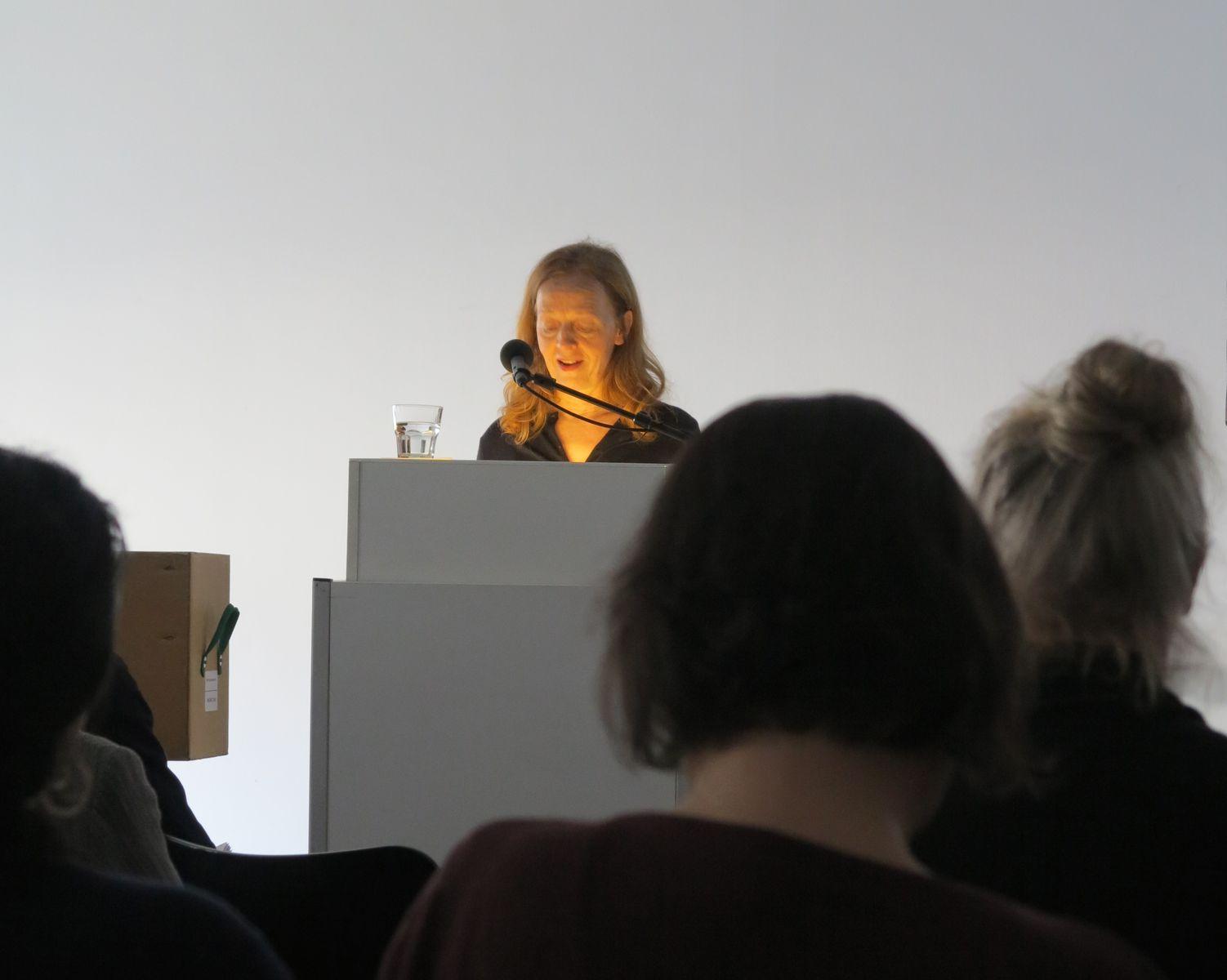 Carolin Bohlmann bei der Eröffnungsrede. Foto: Ida Havemann