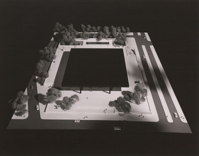Ludwig Mies van der Rohe: Präsentationsmappe für den Bau der Neuen Nationalgalerie. (c) bpk / Kunstbibliothek, SMB / Dietmar Katz