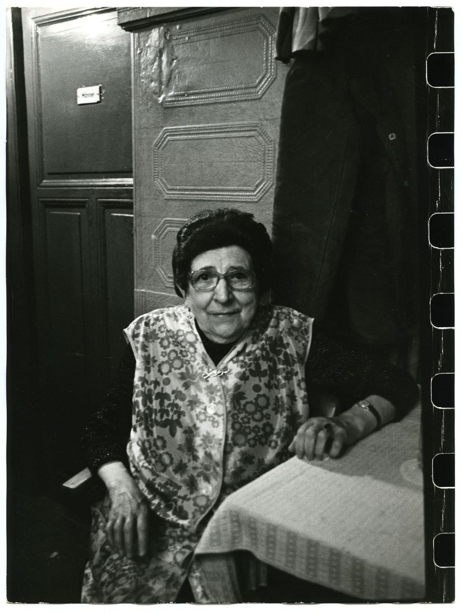 Helga Paris (*1938)  Berliner Kneipen, 1975  Silbergelatinepapier, Kauf 2013 (c) Staatliche Museen zu Berlin, Kunstbibliothek