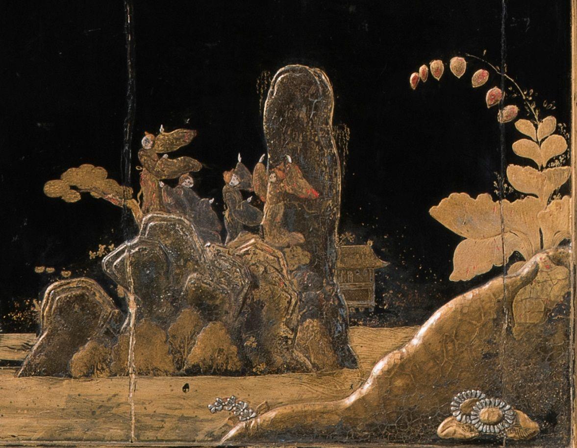Detail vom Münzschrank: Seeufer mit Felsen © Staatliche Museen zu Berlin, Kunstgewerbemuseum / Achim Stiegel
