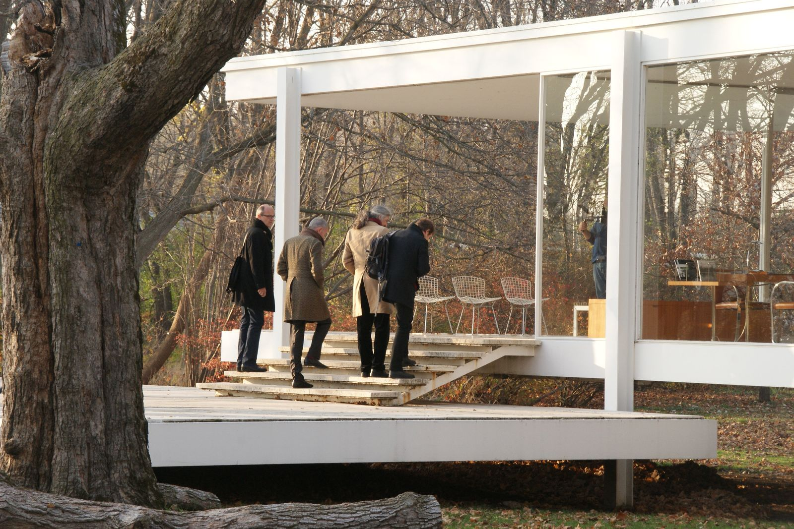 Bei der Besichtigung des Farnsworth House. © David Chipperfield Architects