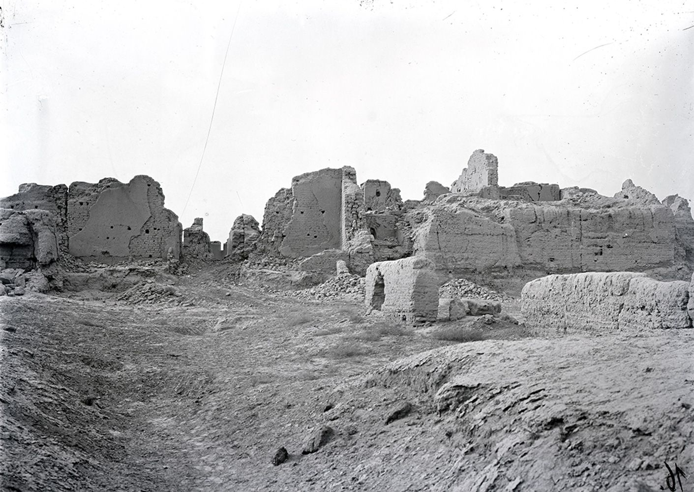 Kloster Beta in der Ruinenstadt Kočo, Foto: Anfang 20. Jh. © Staatliche Museen zu Berlin, Museum für Asiatische Kunst