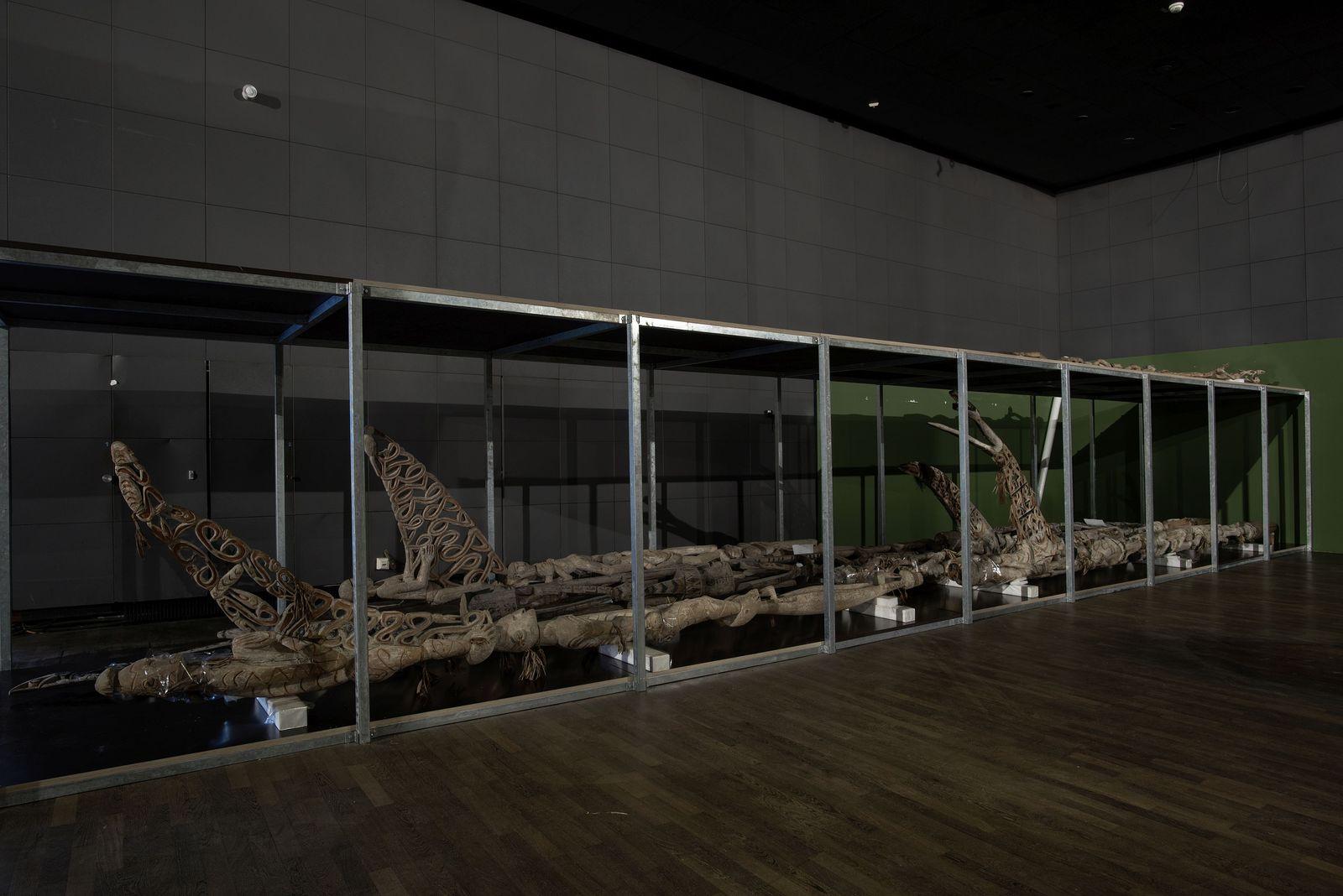 Das Ethnologischen Museum beherbergt Objekte aus aller Welt - unter anderem diese Südsee-Ahnenpfähle. Foto: Staatliche Museen zu Berlin, Claudia Obrocki