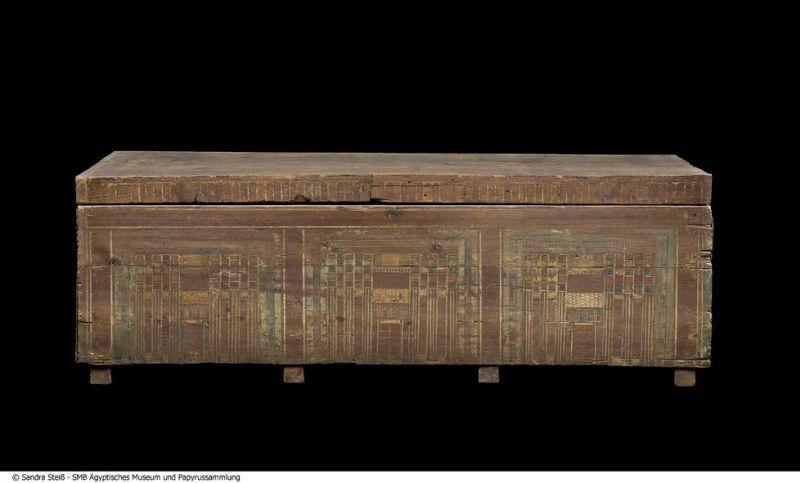 Mittlerer Sarg des Mentuhotep (Mittleres Reich, 2119 v. Chr. bis 1794 v. Chr., Theben-West © Staatliche Museen zu Berlin, Ägyptisches Museum und Papyrussammlung / S. Steiß