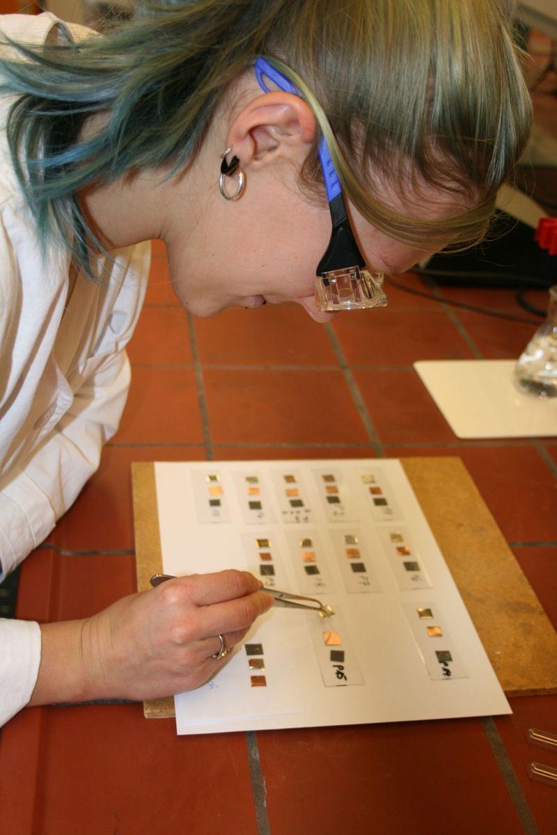 Probenvorbereitung für die GC-MS Analyse. Foto: Dr. Silvia Marten, Rathgen-Forschungslabor
