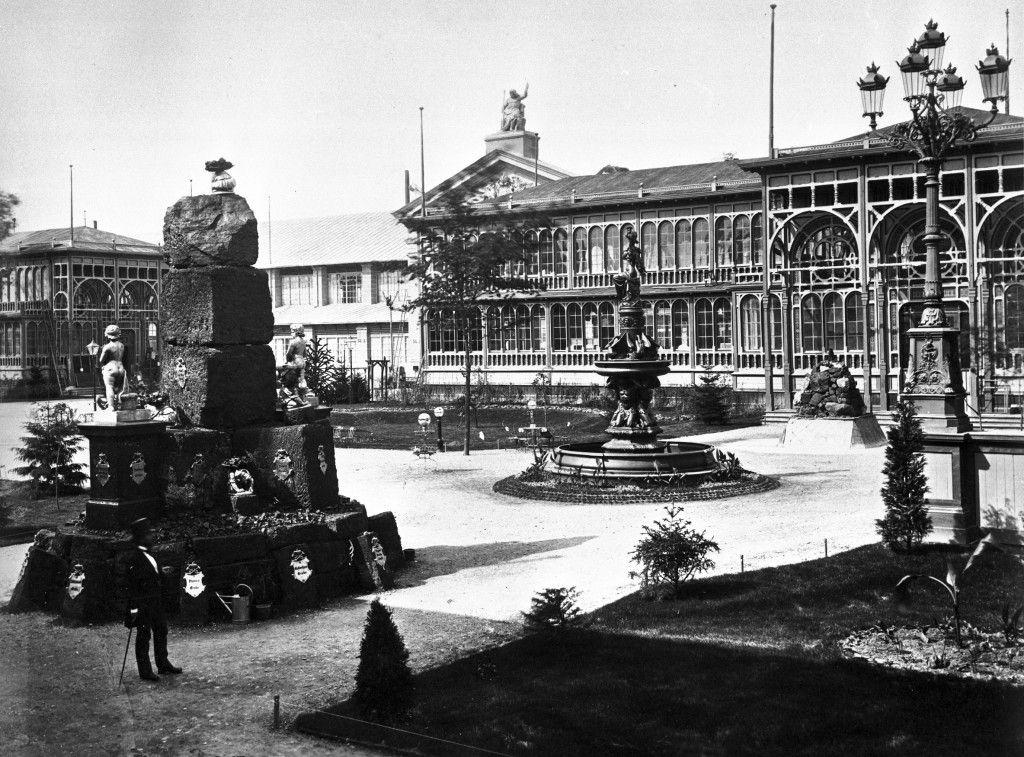 """Wien, Weltausstellung 1873 - Bauten im """"deutschen Hofe""""; Copyright bpk / Kunstbibliothek, SMB"""