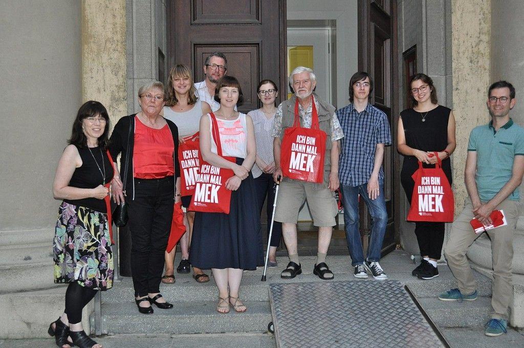 Wikipedianer beim MEKern - gemeinsamer Rundgang mit Wikipedianern im Museum Europäischer Kulturen