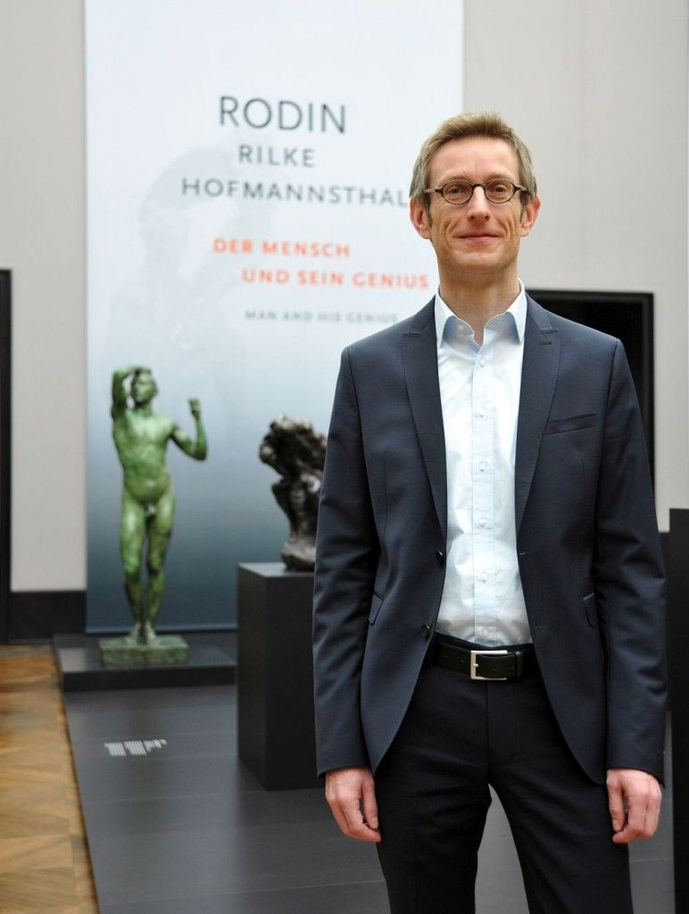 "Ralph Gleis, Director of the Alte Nationalgalerie in the exhibition ""Rodin – Rilke – Hofmannsthal. Man and his Genius"" © Stiftung Preussischer Kulturbesitz"