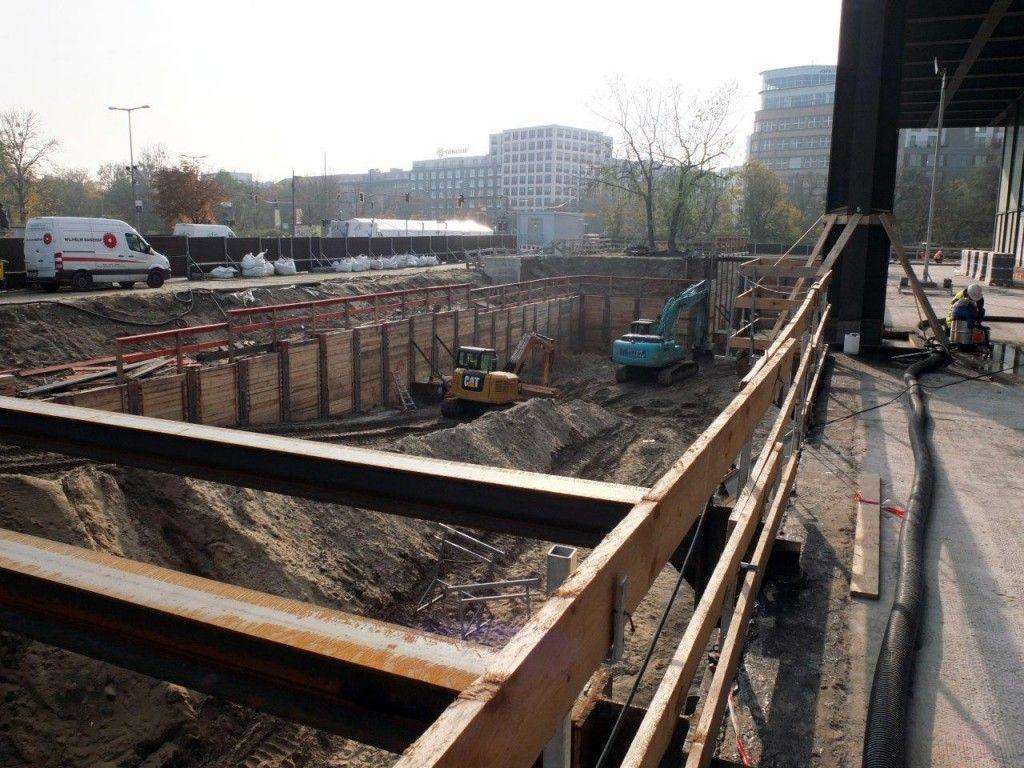 Die Baugrube für das neue Depot. © Staatliche Museen zu Berlin / schmedding.vonmarlin.