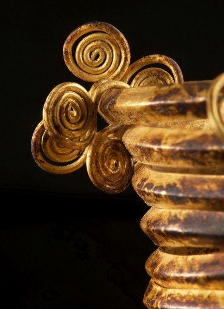 Hortfund von Gessel: Armberge aus dem Hortfund von Gessel Detail, Gold, 1300 v. Chr.© Niedersächsisches Landesamt für Denkmalpflege, Foto: Volker Minkus