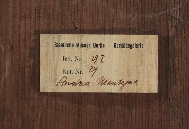 Detail Rückseite, Darbringung im Tempel (Inventarzettel , nach 1918) © Staatliche Museen zu Berlin, Gemäldegalerie