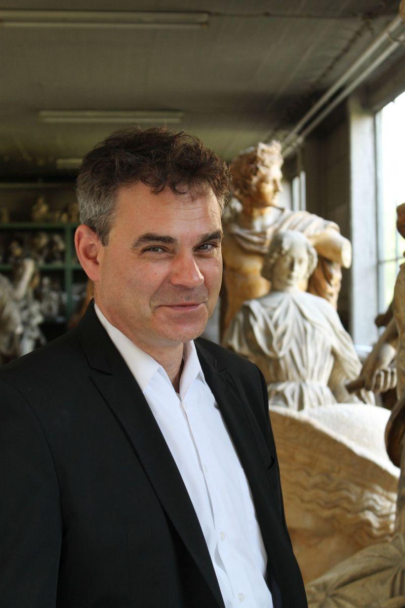 Miguel Helfrich, Leiter der Gipsformerei. Foto: Thomas Schelper