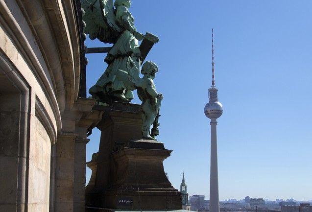 Blich vom Dom auf den Fernsehturm