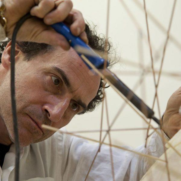 Der Künstler Joep van Lieshout in seinem Atelier in Rotterdam. Foto: Atelier Van Lieshout