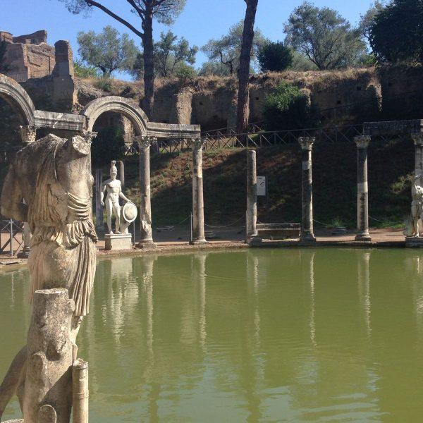 Der Canopus in der Villa Adriana, Tivoli © Staatliche Museen zu Berlin, Ägyptisches Museum und Papyrussammlung / J. Jancziak