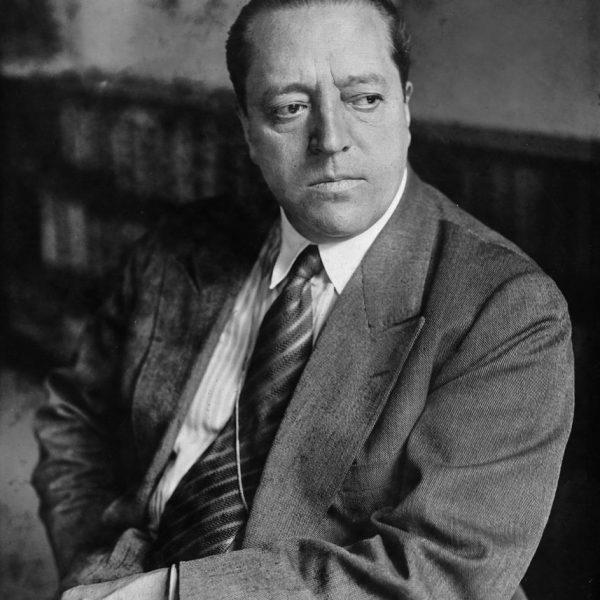Ludwig Mies van der Rohe, porträtiert 1931 von Willy Römer (c) bpk / Kunstbibliothek, SMB, Photothek Willy Römer / Willy Römer