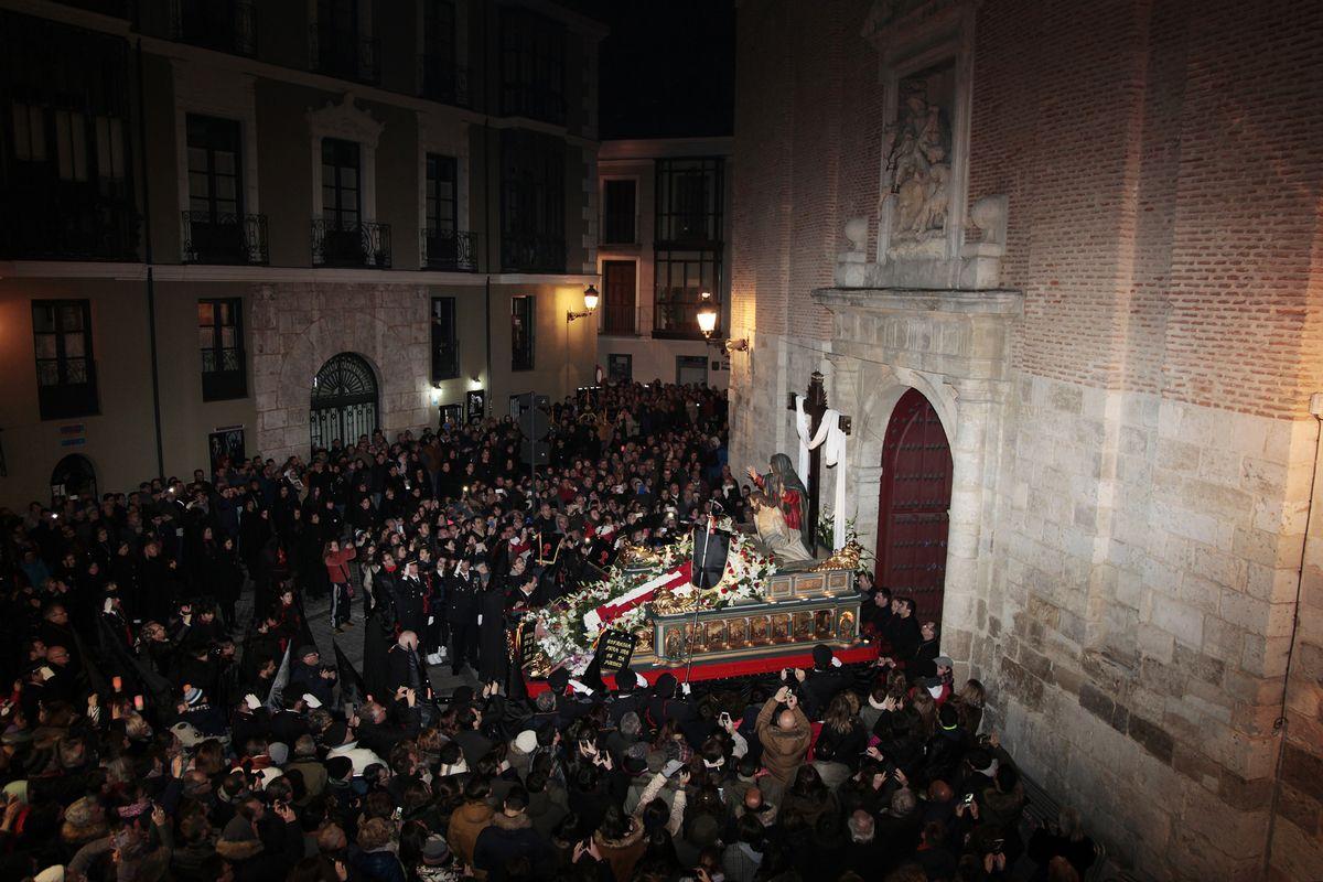"""Die Skulpturengruppe aus Valladolid von Gregorio Fernández (1625) wird einmal im Jahr zu Ostern in einer Prozession durch den Ort geführt. Nun ist sie vorübergehend in der Ausstellung """"El Siglo de Oro. Die Ära Velázquez"""" in der Gemäldegalerie zu sehen. (c) Carlos Collado"""