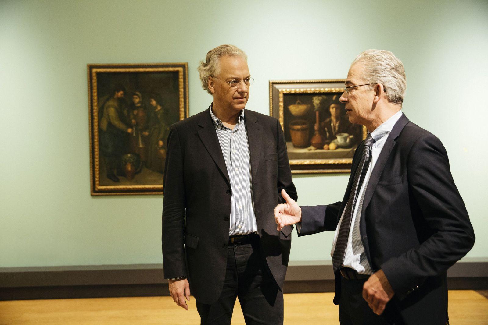Michael Eissenhauer, Generaldirektor der Staatlichen Museen zu Berlin (links), und Bernd Lindemann, Direktor der Gemäldegalerie im Gespräch. (c) Staatliche Museen zu Berlin / Daniel Hofer