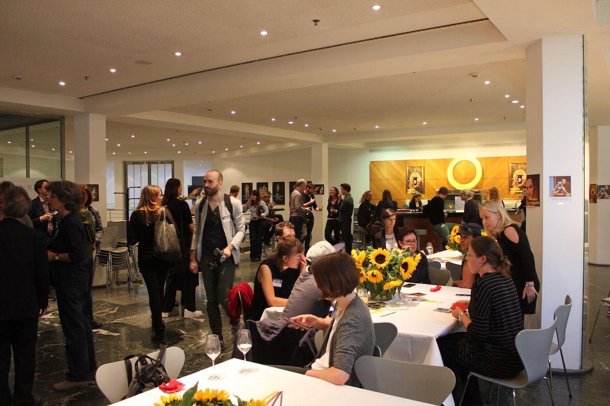 Die Gäste des Abends sind eingetroffen © Staatliche Museen zu Berlin, Gemäldegalerie / Ji-Hun Kim