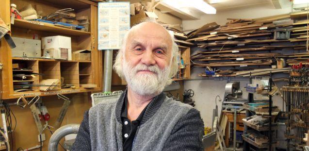 Wolfgang Dambacher in seiner Werkstatt. Foto: schmedding.vonmarlin.