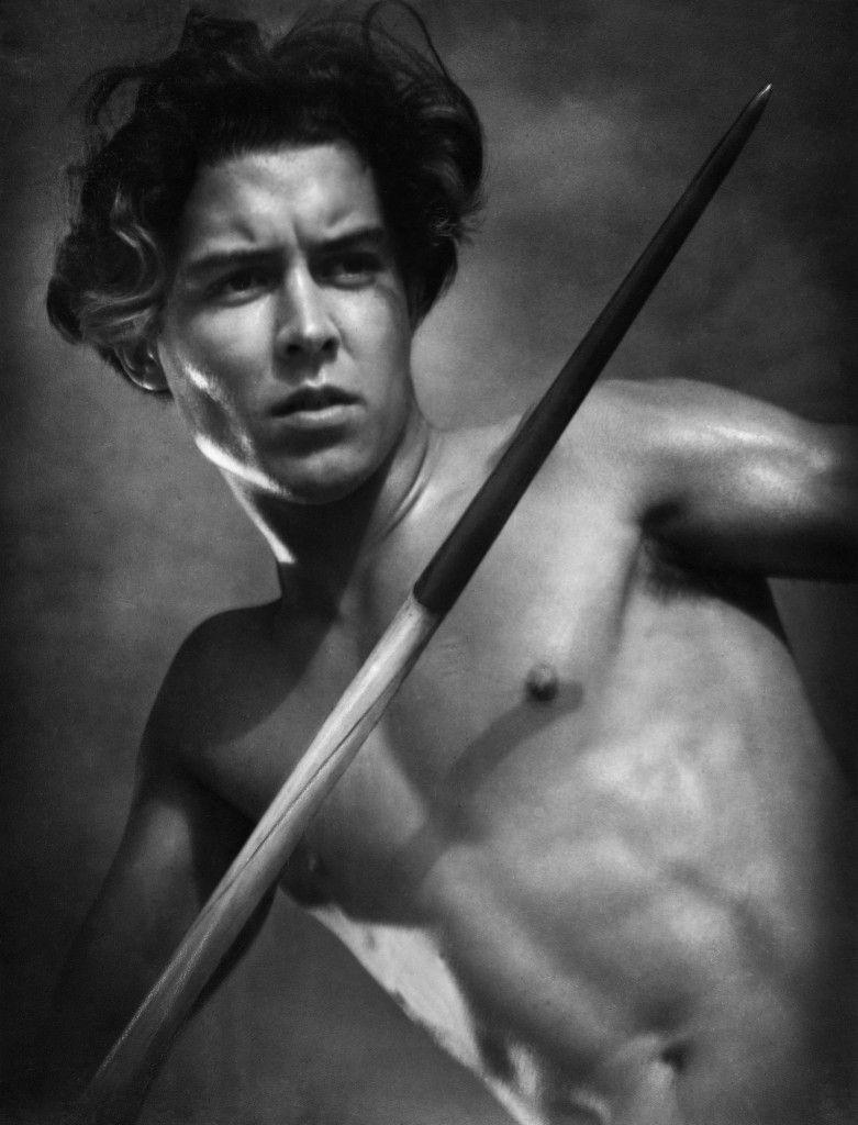 Der Speerwerfer - Foto aus dem Olympiafilm von Leni Riefenstahl