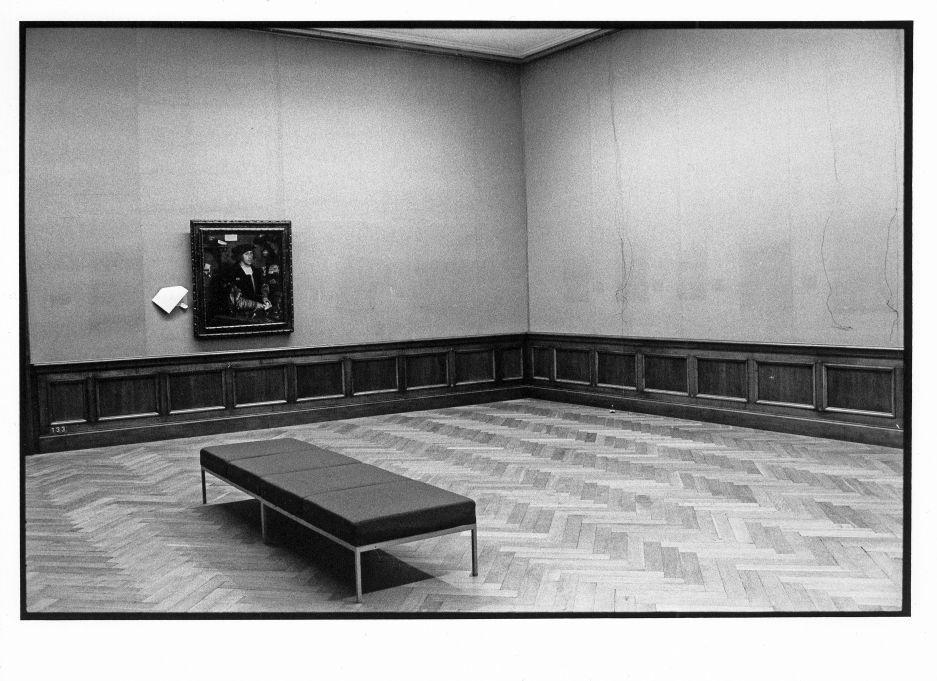 Der ehemalige altdeutsche Raum in der Dahlemer Gemäldegalerie, 1997 © Staatliche Museen zu Berlin Foto: Erik-Jan Ouwerkerk