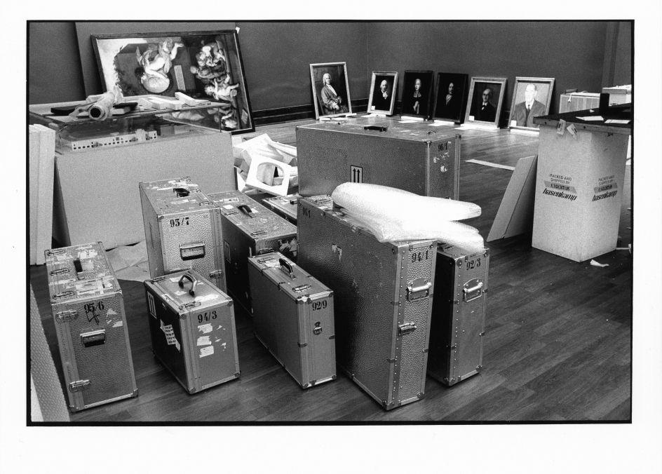Umzugsvorbereitungen in Dahlem im Jahr 1997 ©Staatliche Museen zu Berlin Foto: Erik-Jan Ouwerkerk
